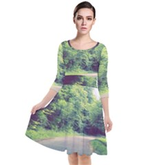 Photo Vue Sur For¨ot  Quarter Sleeve Waist Band Dress