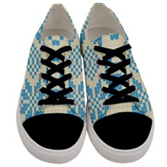 Beautiful Knitted Christmas Pattern Blue White Men s Low Top Canvas Sneakers