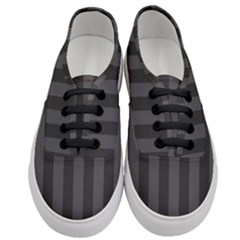 Black Stripes Women s Classic Low Top Sneakers