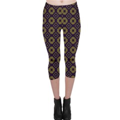 Df Festus Regence Capri Leggings  by deformigo