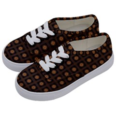 Df Freesia Vicegrand Kids  Classic Low Top Sneakers by deformigo