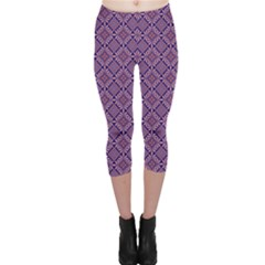 Df Vibrant Therapy Capri Leggings  by deformigo