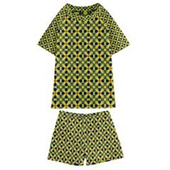 Df Sanhita Manjul Kids  Swim Tee And Shorts Set by deformigo