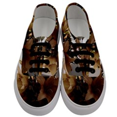 Lilies 1 1 Men s Classic Low Top Sneakers