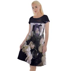 Tulips 1 1 Classic Short Sleeve Dress