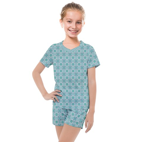 Minto Kids  Mesh Tee And Shorts Set by deformigo