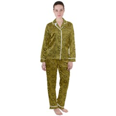 Damietta Satin Long Sleeve Pyjamas Set by deformigo