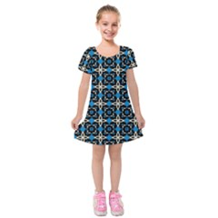 Benzu Kids  Short Sleeve Velvet Dress by deformigo