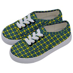 Wannaska Kids  Classic Low Top Sneakers