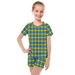 Wannaska Kids  Mesh Tee and Shorts Set