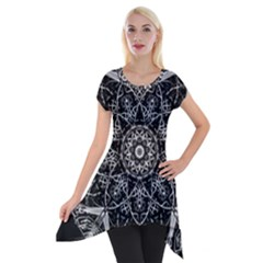 Black And White Pattern Short Sleeve Side Drop Tunic