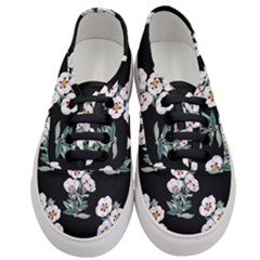 Floral Vintage Wallpaper Pattern 1516863120hfa Women s Classic Low Top Sneakers
