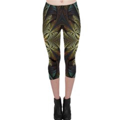 Fractal Art Abstract Pattern Capri Leggings