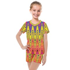 Retro Colorful Waves Background Kids  Mesh Tee And Shorts Set