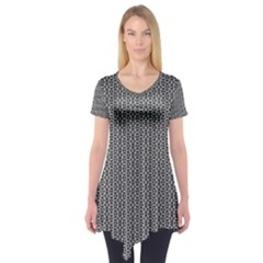 Black And White Triangles Short Sleeve Tunic