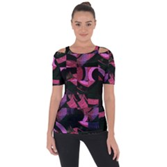 Random Design Shoulder Cut Out Short Sleeve Top