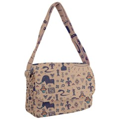 Vintage Tribal Seamless Pattern With Ethnic Motifs Courier Bag