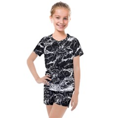 Black And White Abstract Textured Print Kids  Mesh Tee And Shorts Set