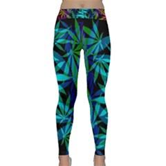 420 Ganja Pattern, Weed Leafs, Marihujana In Colors Classic Yoga Leggings