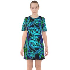420 Ganja Pattern, Weed Leafs, Marihujana In Colors Sixties Short Sleeve Mini Dress