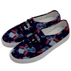 Owl-pattern-background Men s Classic Low Top Sneakers by Vaneshart