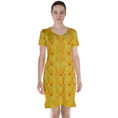 Blossoms  So Free In Freedom Short Sleeve Nightdress