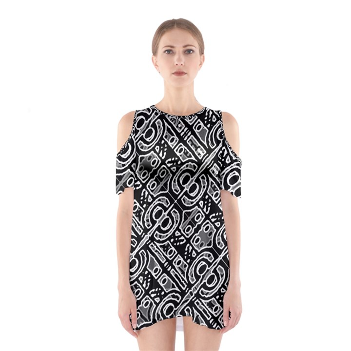 Linear Black And White Ethnic Print Shoulder Cutout One Piece Dress
