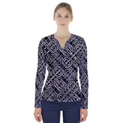 Linear Black And White Ethnic Print V-neck Long Sleeve Top