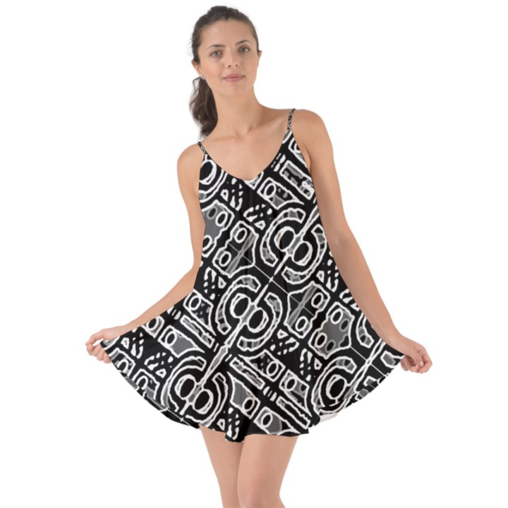 Linear Black And White Ethnic Print Love the Sun Cover Up