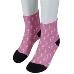 White And Pink Art-deco Pattern Men s Low Cut Socks