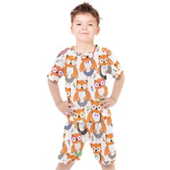 Cute-colorful-owl-cartoon-seamless-pattern Kids  Tee And Shorts Set by Bejoart