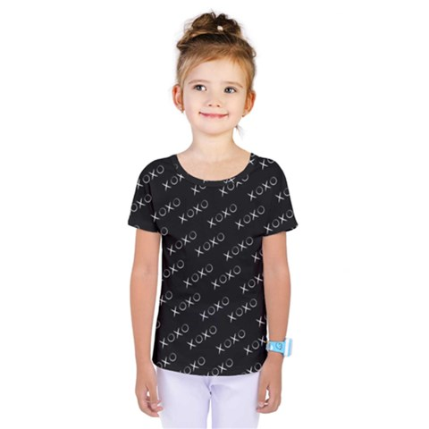 Xoxo Black And White Pattern, Kisses And Love Geometric Theme Kids  One Piece Tee by Casemiro