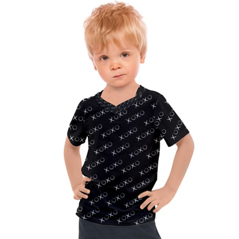 Xoxo Black And White Pattern, Kisses And Love Geometric Theme Kids  Sports Tee by Casemiro