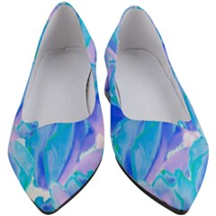Ciclamen Flowers Blue Women s Block Heels  by Cveti