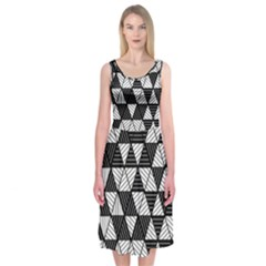 Black And White Triangles Pattern Midi Sleeveless Dress by SpinnyChairDesigns