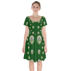The Way To Freedom One Island One Gnome Short Sleeve Bardot Dress