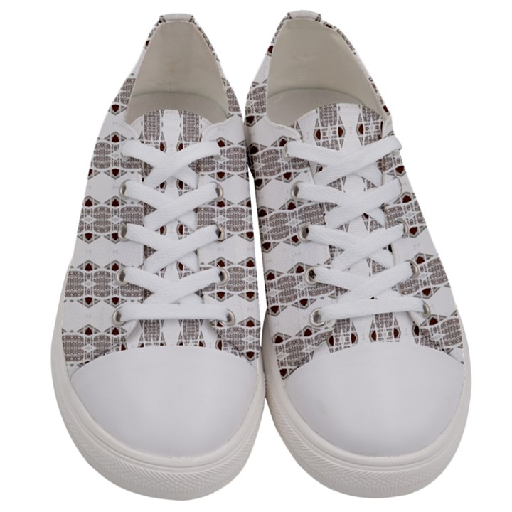 Victorious  Men s Low Top Canvas Sneakers