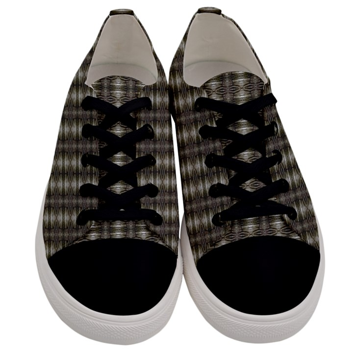 Slovakia 009ix Men s Low Top Canvas Sneakers