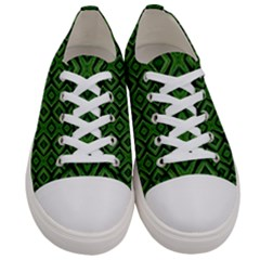 Exceptional Men s Low Top Canvas Sneakers