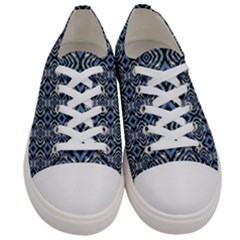 Autumn  Men s Low Top Canvas Sneakers
