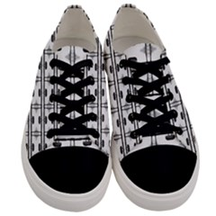 Inspiring  Men s Low Top Canvas Sneakers