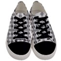 Inspiring  Men s Low Top Canvas Sneakers View1