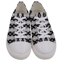Geelong  Men s Low Top Canvas Sneakers