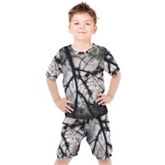 Closing In  Kids  Tee And Shorts Set