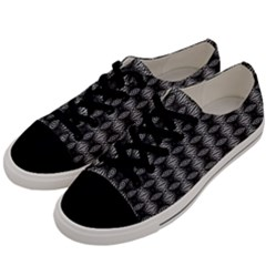Mo 385 30 Men s Low Top Canvas Sneakers by mrozara