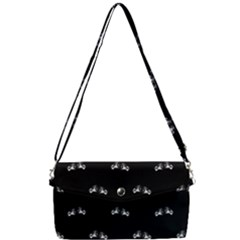 Black And White Boxing Motif Pattern Removable Strap Clutch Bag