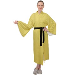 Arylide Yellow & Black - Maxi Velour Kimono by FashionLane