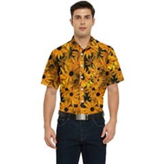 Rudbeckias  Men s Short Sleeve Pocket Shirt