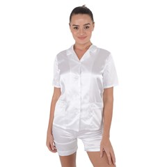 Satin Short Sleeve Pyjamas Set Icon