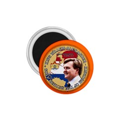 King Willem Alexander Small Magnet (round) by artattack4all